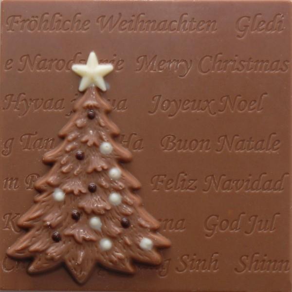 Platte mit Tannenbaum aus Schokolade